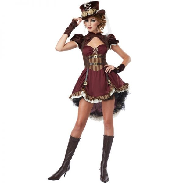 Cosplay steampunk femme pirate